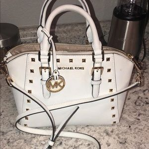 White authentic MK cross body purse